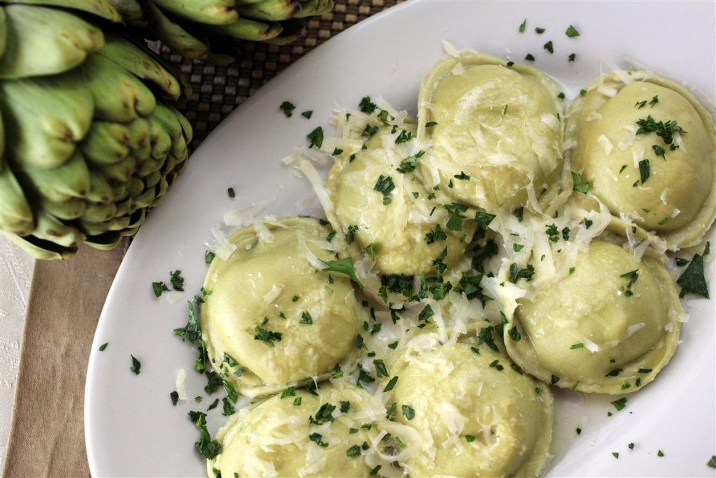 Angy's Large Round Cheese Ravioli